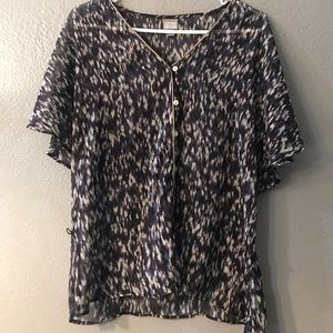 Women's blouse